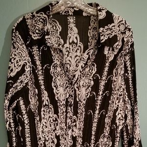 Women's blouse Size 16W Only worn twice!